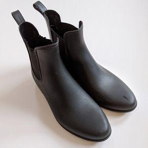 J crew Chelsea waterproof boots